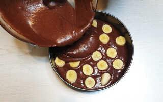 Как приготовить шоколадный пирог с бананом (2 простых рецепта с фото)