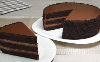Как правильно приготовить торт Шоколадный бархат (2 рецепта с фото — пошагово)