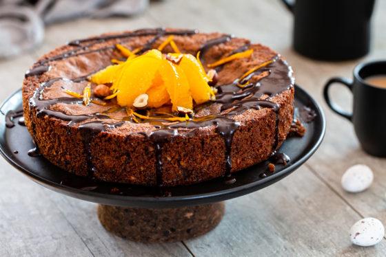 Апельсиновый пирог с кусочками шоколада