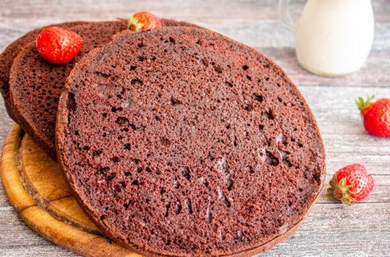 Как испечь шоколадный бисквит