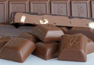 Сколько грамм шоколада можно кушать в день