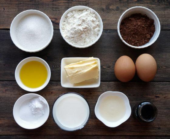 Из чего готовят шоколадный фондан