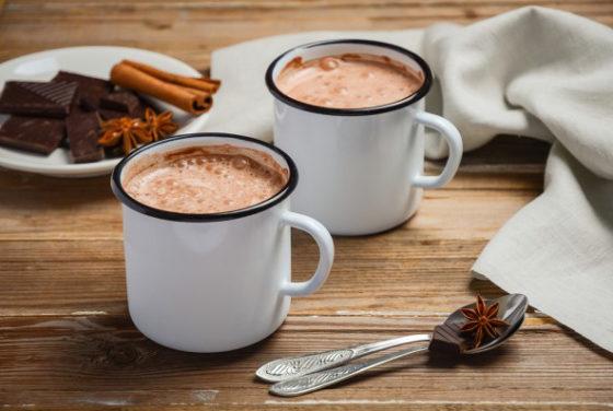 Как готовить горячий шоколад дома