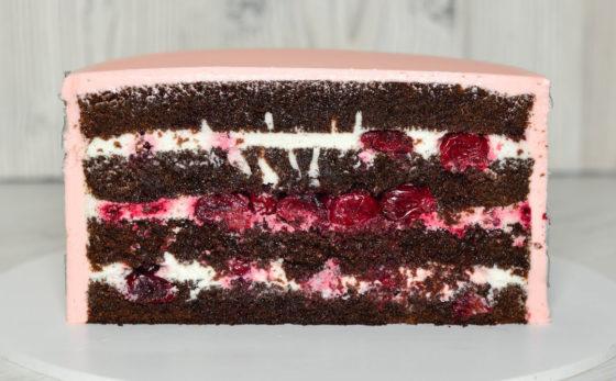 Торт черный лес вишня с шоколадом