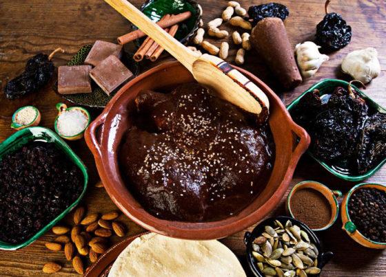 Приготовление шоколадного соуса в домашних условиях