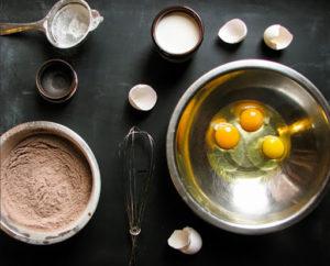 Как сделать шоколадный блинный торт дома
