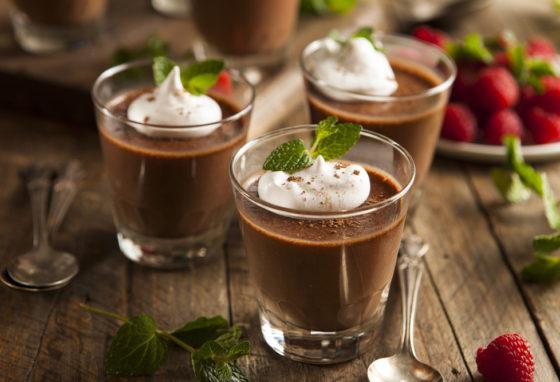 Мусс из темного шоколада