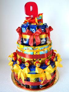 Торт из конфет на День рождения ребенка