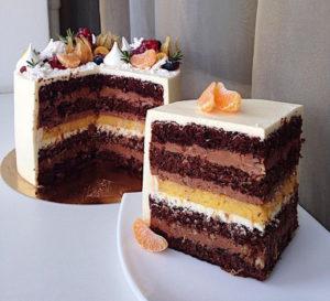 Торт с прослойкой крема суфле