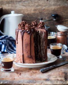Вертикальная сборка торта Спартак